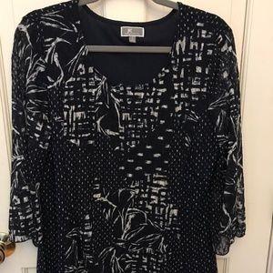 JM Collection women's blouse. Navy & white. Sz L.